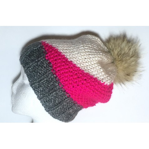 Tuque : Gris charcoal, blanc cassé et rose flash