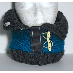 Neck warmer : Turquoise with gray gradient and charcoal colar