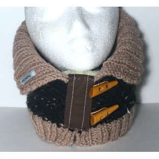 Neck warmer : Black mustache with beige colar