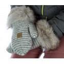 Mittens with recycled fur