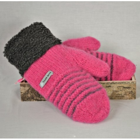 Candy pink and charcoal wool mittens with berbere